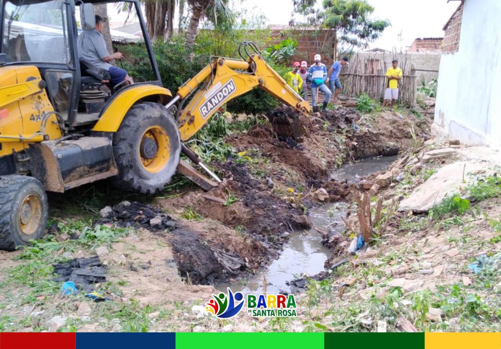 Secretaria de Infraestrutura soluciona caso de esgoto a céu aberto por mais de 20 anos no bairro Naldo Diniz