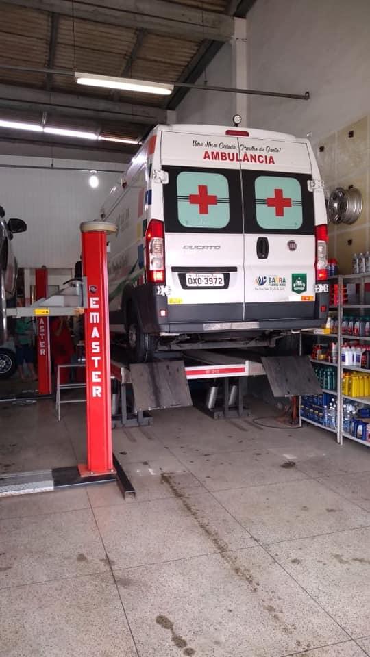 Veículo em manutenção preventiva